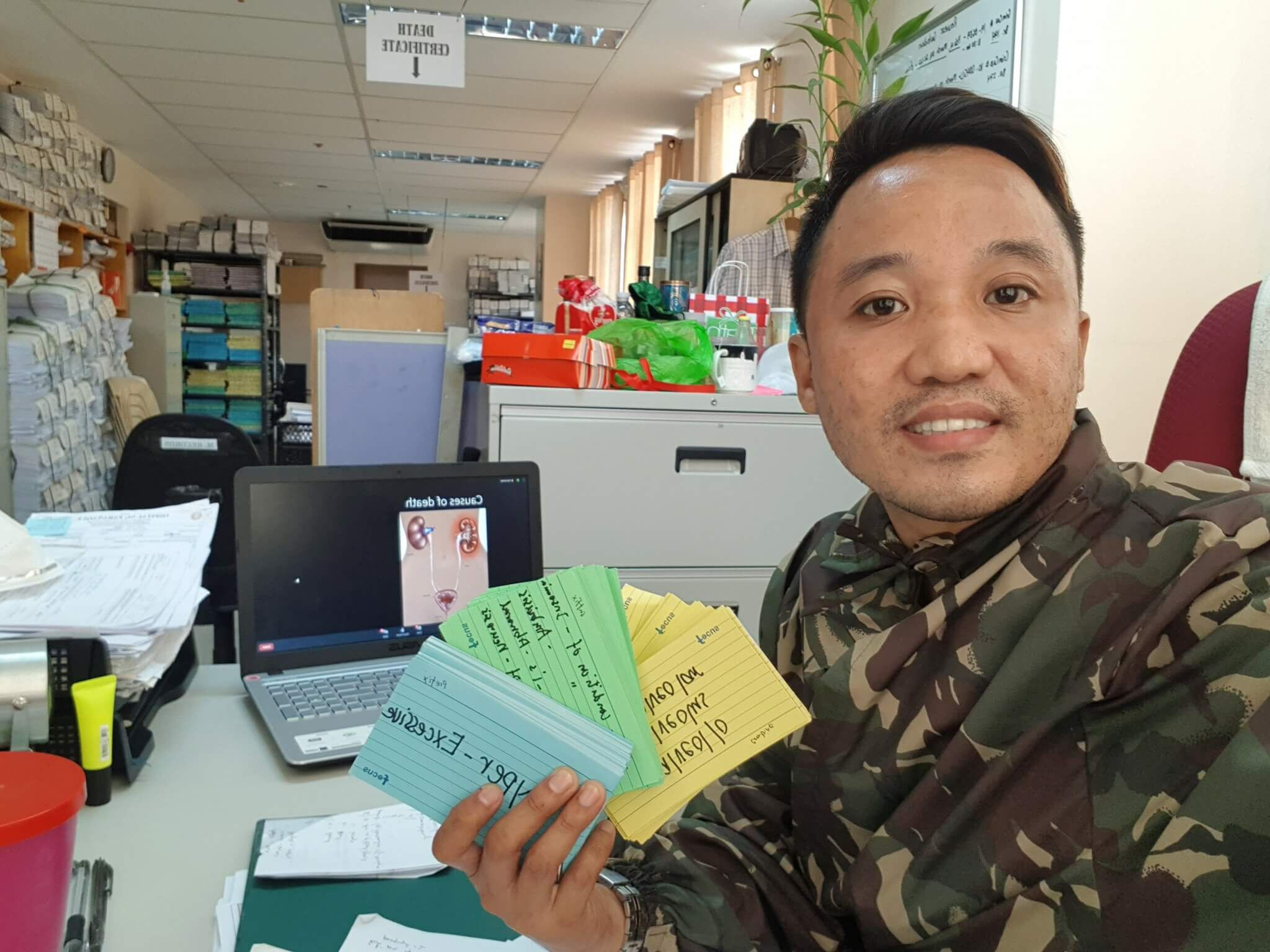 Frederick Dacanay, from Ospital ng Parañaque in Manila with his medical terminology flashcards.